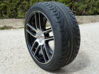 00 Pirelli AV P ZERO CORSA DIREZIONALE P1030521 i.jpg