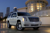 Cadillac_Escalade_001.jpg