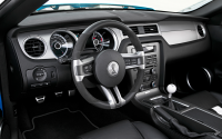 2013-Ford-Shelby-GT500-Convertible-steering-wheel.jpg