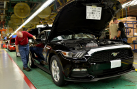 The-all-new-Ford-Mustang-is-built-at-Fords-Flat-Rock-Assembly-plant-in-Michigan-US-990x647.jpg