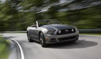 S0-Los-Angeles-2011-restyling-pour-les-Ford-Mustang-et-Boss302-244906.jpg