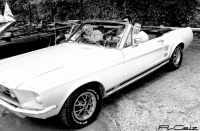 R-Geiz in 67 Convertible Mustang HDR N&B.jpg