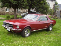 ford-mustang-coupe-1967.jpg